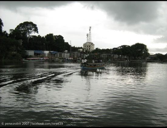 বান্দুরা, ইছামতির পাড়ে, নবাবগঞ্জ