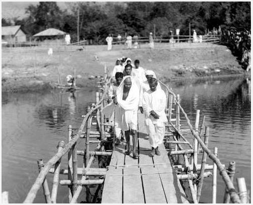 Gandhi at Malikanda