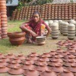দোহার নবাবগঞ্জ থেকে হারিয়ে যাচ্ছে মৃৎশিল্প