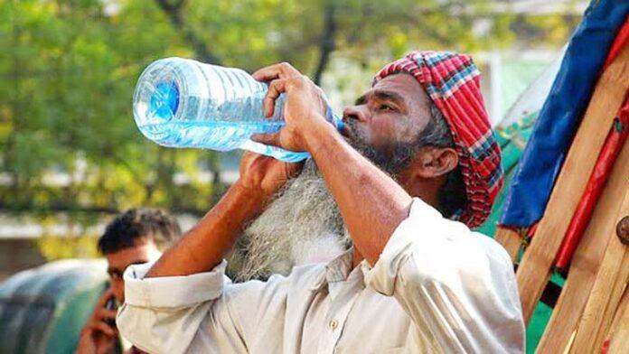 তীব্র তাপপ্রবাহ বয়ে যাচ্ছে দোহার – নবাবগঞ্জে