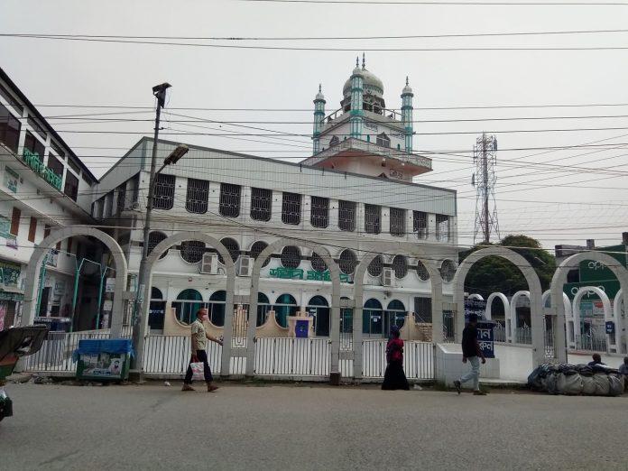 ঘুরে আসলাম কিশোরগঞ্জের শহীদি মসজিদ